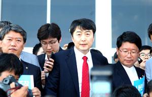 김영환, 증거 없는 진술로 통합진보당 폭력혁명 낙인