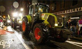 유럽 농부들, 트랙터 몰고 FTA 반대