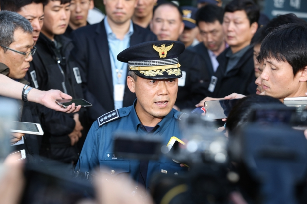 경찰, 마지막까지 백남기 부검영장 집행 시도...무산