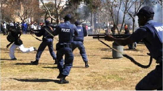 남아공 학생시위 확산... 대학 당국은 학교 폐쇄