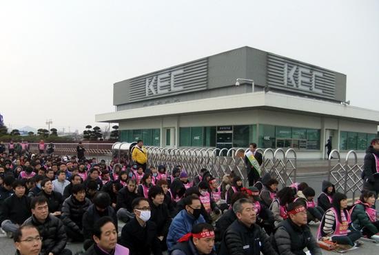 유성기업·KEC 단협, 감축과 물량압박으로 '노조무력화'