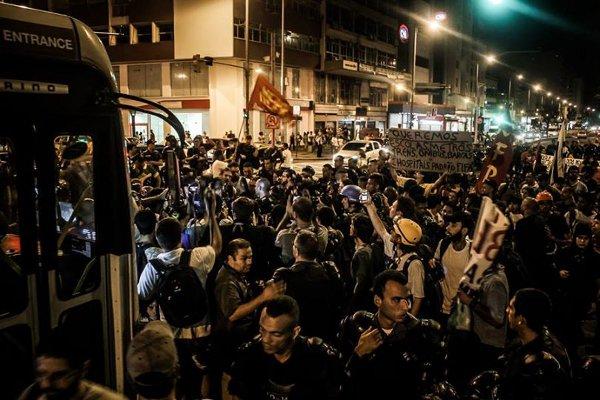 브라질 원주민·동성애자·청소부, 월드컵 반대 곳곳 시위