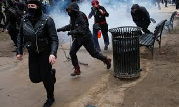 """美 트럼프 취임 반대 시위...""""지금 탄핵을"""""""